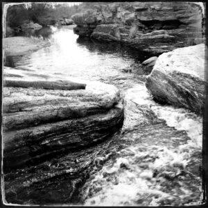 sabino creek, rocks